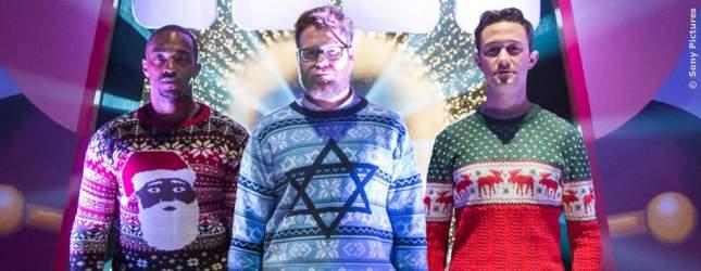 Chris (Anthony Meckie), Isaac (Seth Rogen) und Ethan (Joseph Gordon-Levitt) in Weihnachtsstimmung.