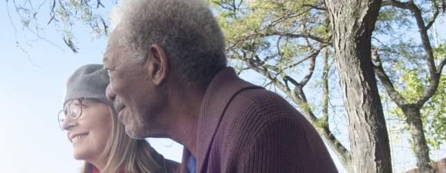 Ruth (Diane Keaton) und Alex (Morgan Freeman) sind seit mehr als 40 Jahren verheiratet.