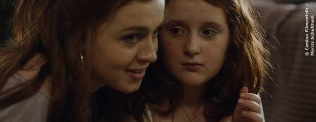 Die 12-jährige Stella kennt die gefährliche Krankheit ihrer großen Schwester.