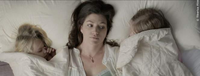 Ms. Reed weiß nicht, was sie von den Experimenten ihres Mannes halten soll.