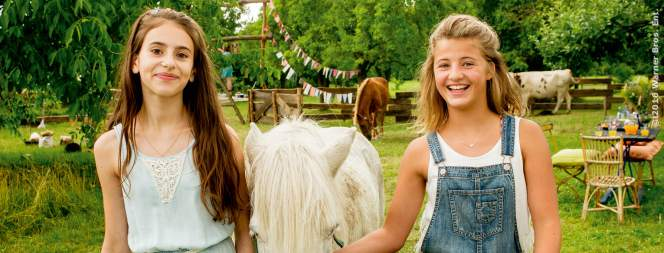 Conni (Emma Schweiger) hat ein Herz für Tiere!