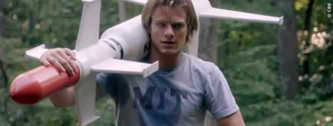 Lucas Till als MacGyver