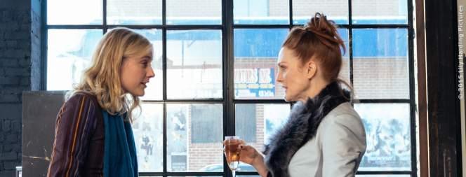 Maggie (Greta Gerwig) und Georgette (Julianne Moore) haben einen Plan!