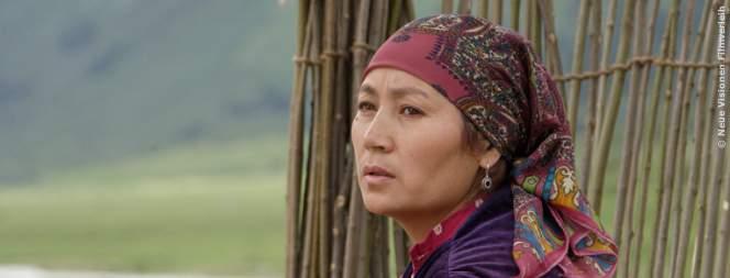 Shaiyr weiß, dass es außerhalb ihres Bergtals noch eine andere Welt gibt. Traut sie sich die Veränderung zu?