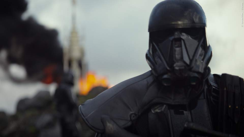 Auch Star Wars-Fans wird die lange Wartezeit auf Episode 8 verkürzt mit dem Spin-Off zur Weltraum-Saga: Rogue One. Kinostart: 15. Dezember 2016