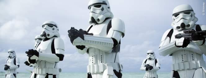 Darth Vader, der Todesstern und Stormtrooper in Rogue One - A Star Wars Story