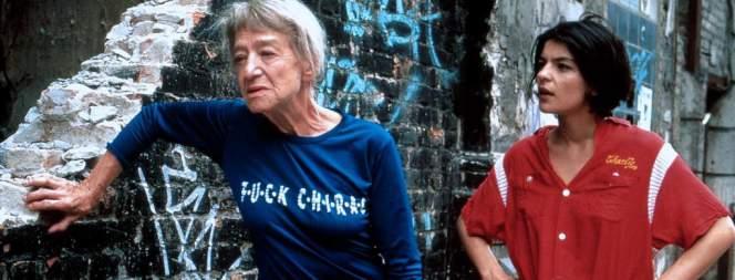 Christine Oesterlein und Jasmin Tabatabei in DIE PUTZFRAUENINSEL
