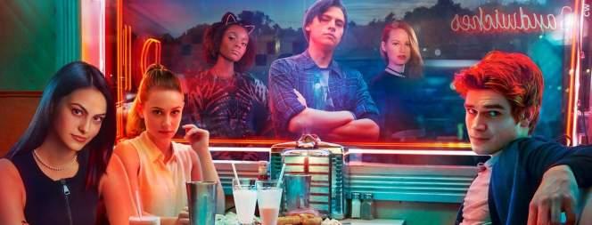 Die Highschool-Crew aus Riverdale, FILM.TV
