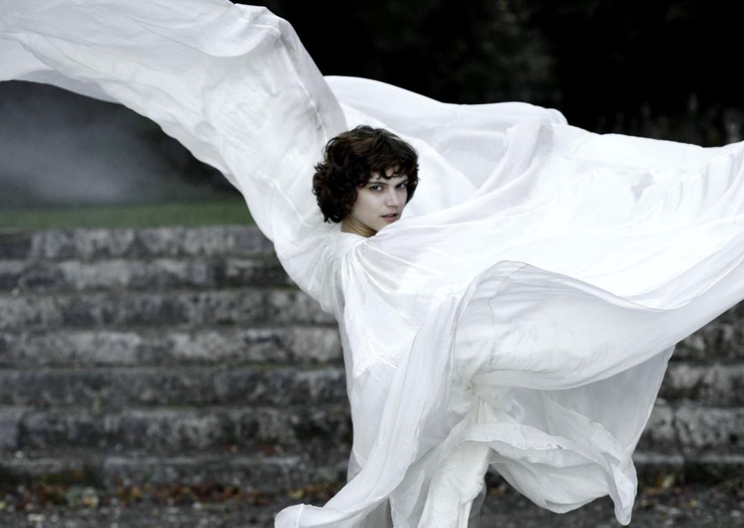 Die Tänzerin Trailer - Bild 1 von 9