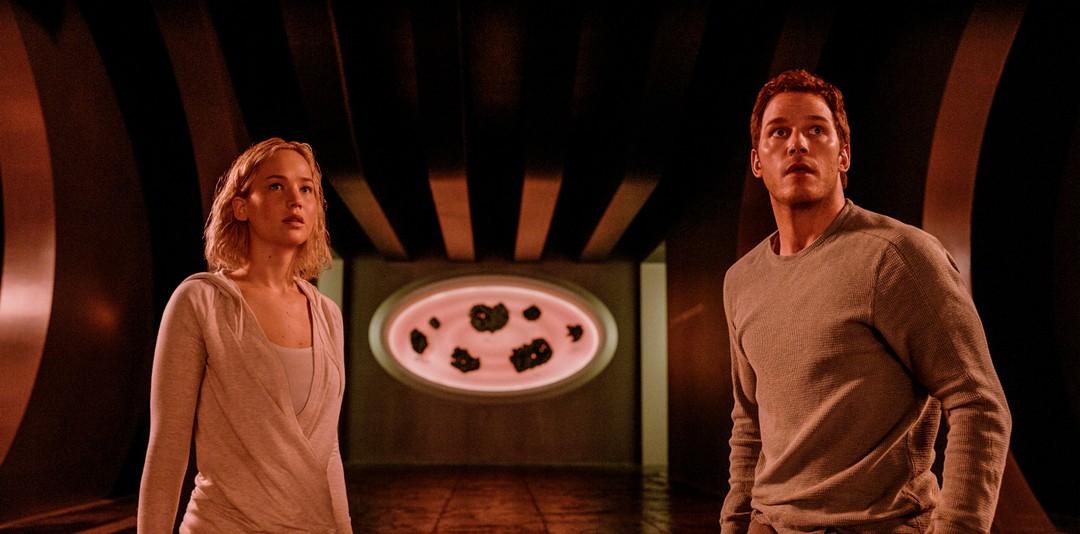 Passengers: Clips mit Chris Pratt und Jennifer Lawrence - Bild 1 von 25
