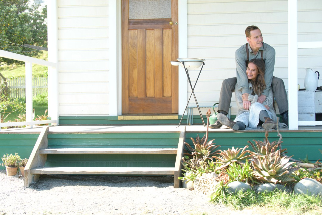 The Light Between Oceans Trailer - Bild 1 von 18