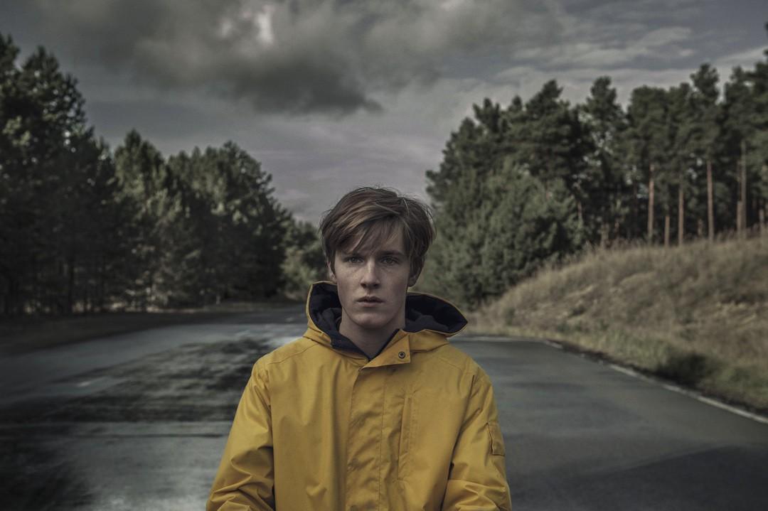 Dark: Deutsche Netflix-Serie schafft Probleme in den USA - Bild 1 von 6