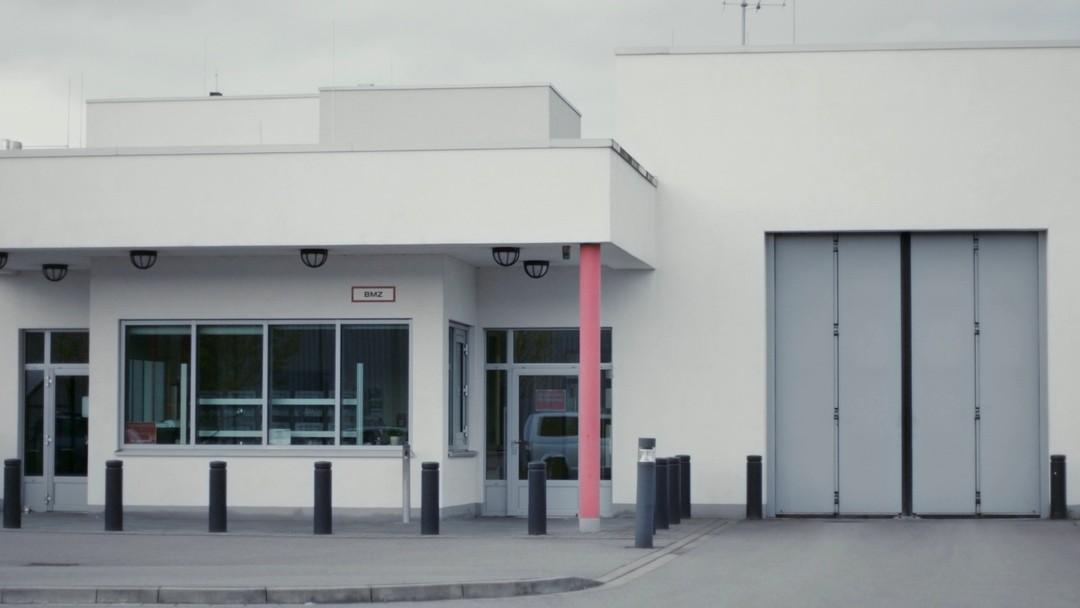 Therapie Für Gangster Trailer - Bild 1 von 6
