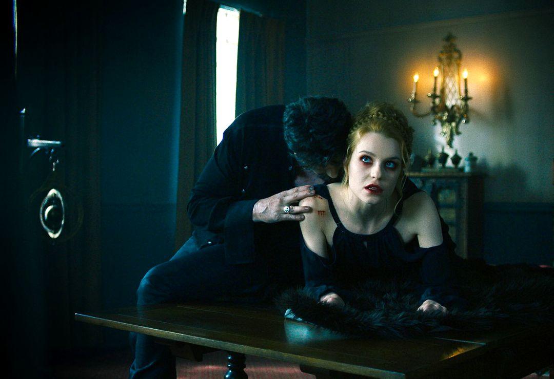 Van Helsing: Trailer zur Serie Staffel 1 - Bild 2 von 10