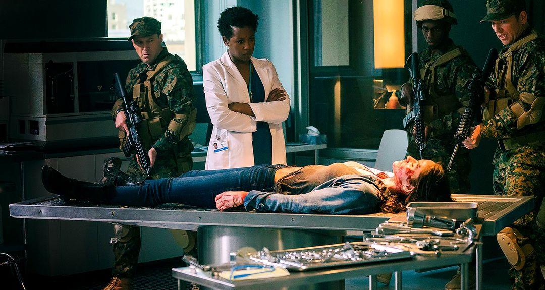 Van Helsing: Trailer zur Serie Staffel 1 - Bild 4 von 10