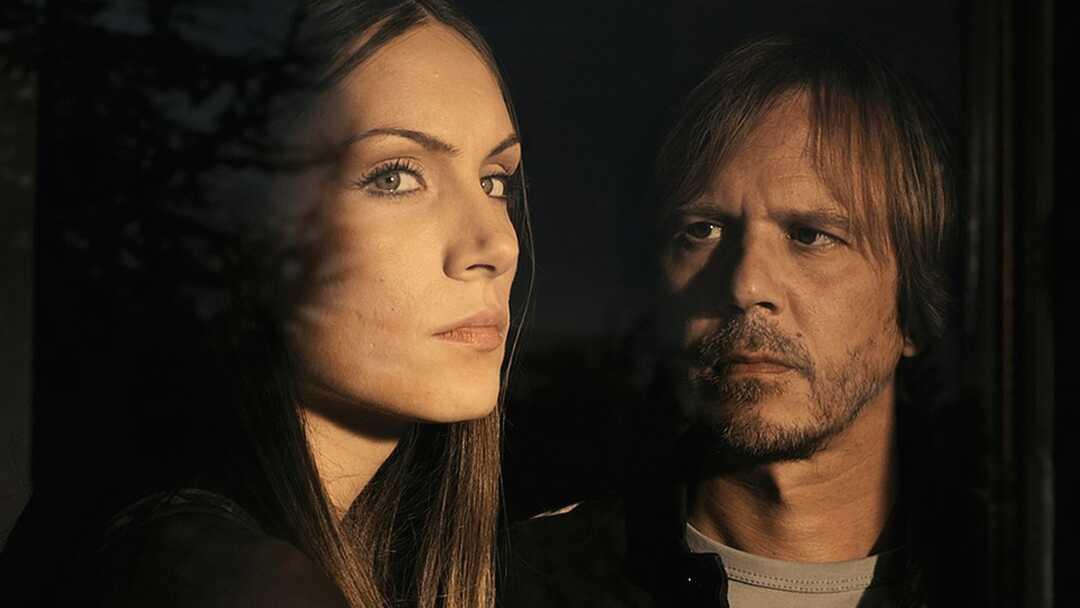 A Serbian Film Trailer - Bild 1 von 9